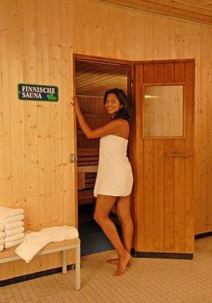 sauna vom banja bis zur schwitzh tte. Black Bedroom Furniture Sets. Home Design Ideas